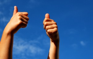 thumbs up crop