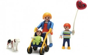 playmobil family crop