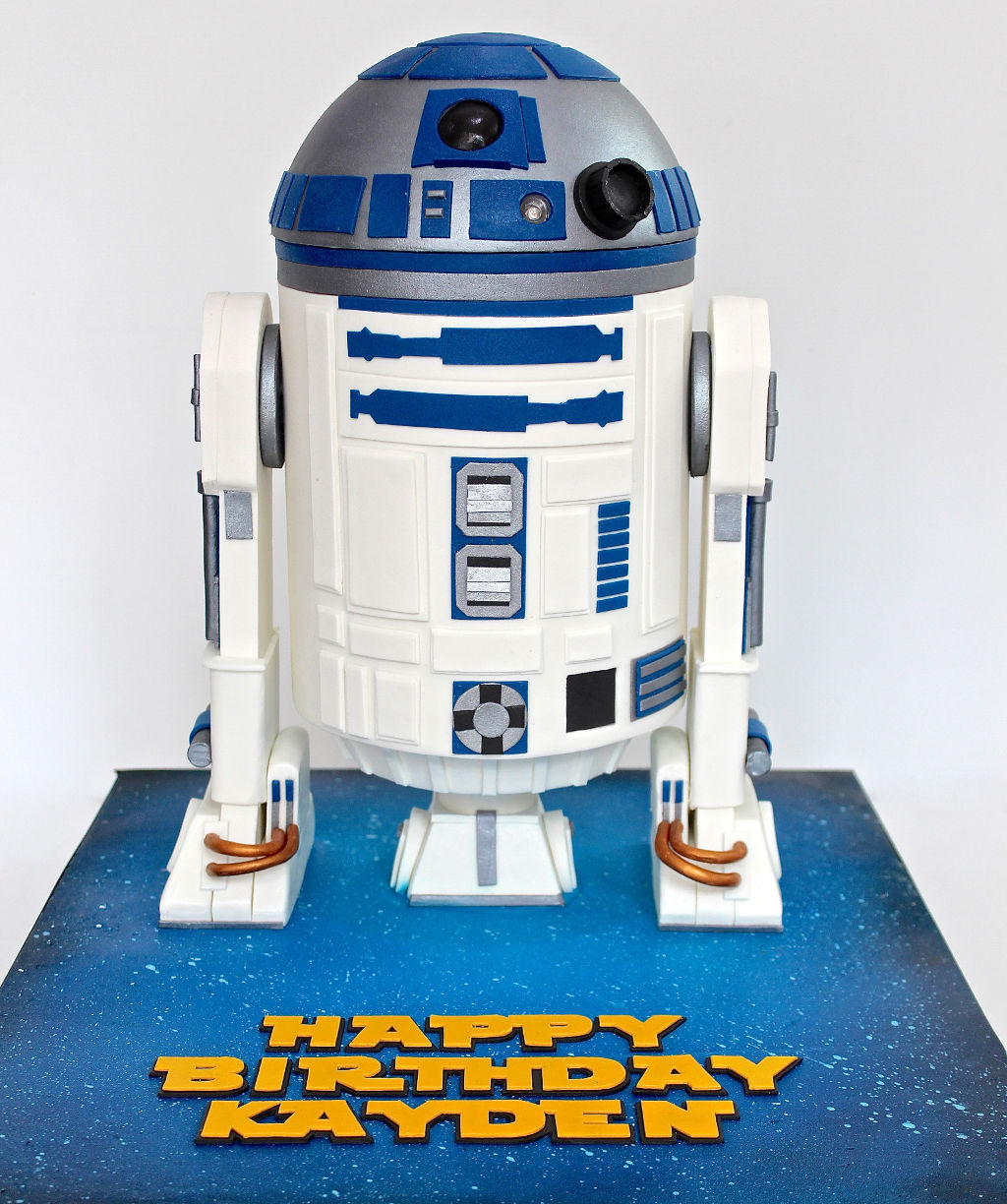 Kid's birthday Cake - R2D2 cake from Celebrate with Cake!