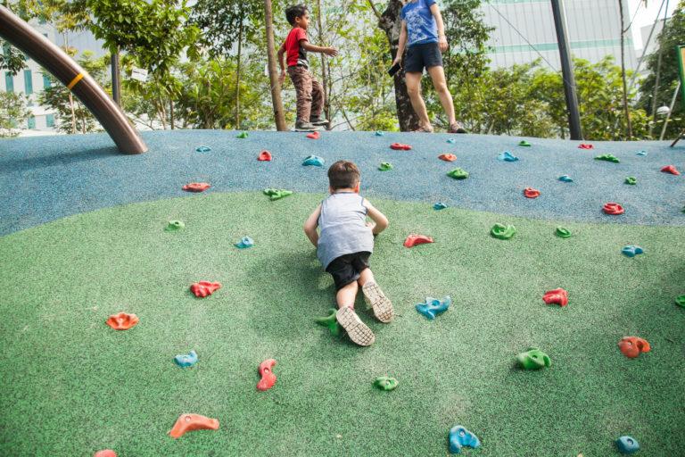 Admiralty Park - rock-climb