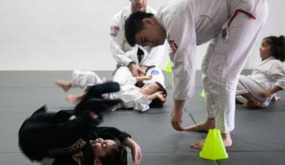Brazilian Jiu-Jitsu for kids - Gracie Elliott flip