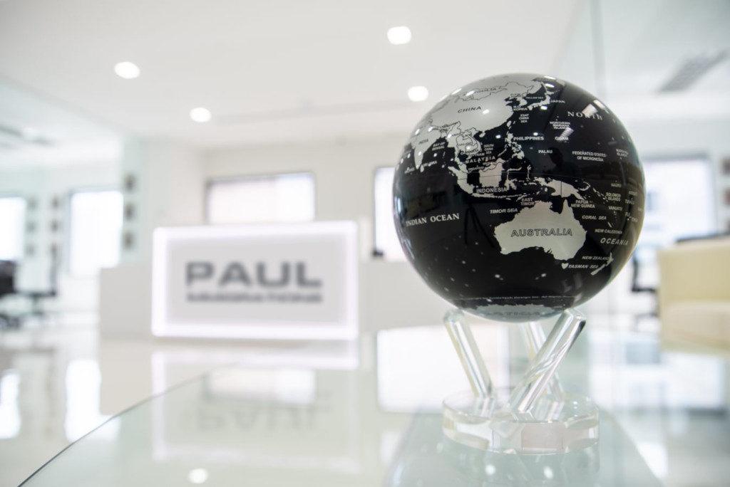 Paul Immigrations reviews - globe