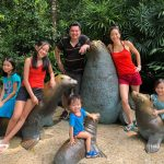 MotherOfSingapore-Junia-Tan-family-at-the-zoo