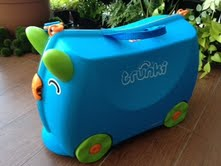 trunki front and side view.jpg